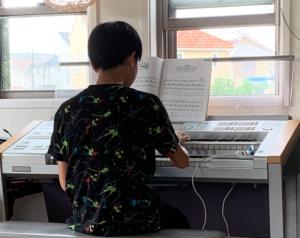 東京都八王子市小比企町のピアノ教室・エレクトーン教室はMUSICA CANTABILE音楽教室小比企教室です